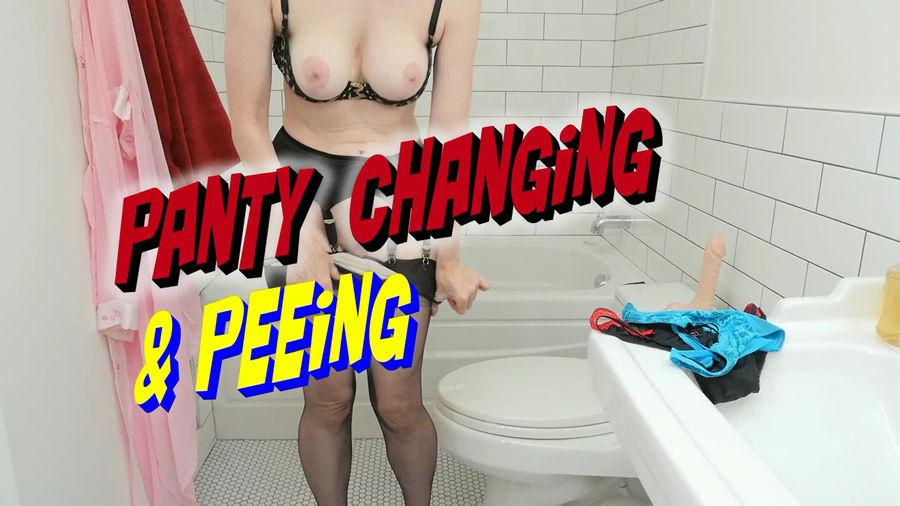 test3 Peeing Hottie in Lingerie