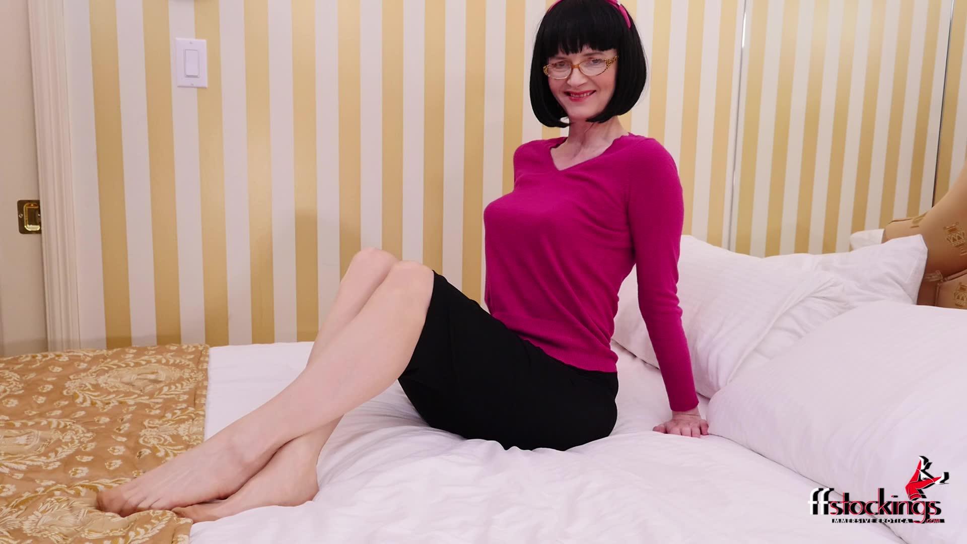 Secretary panty pics
