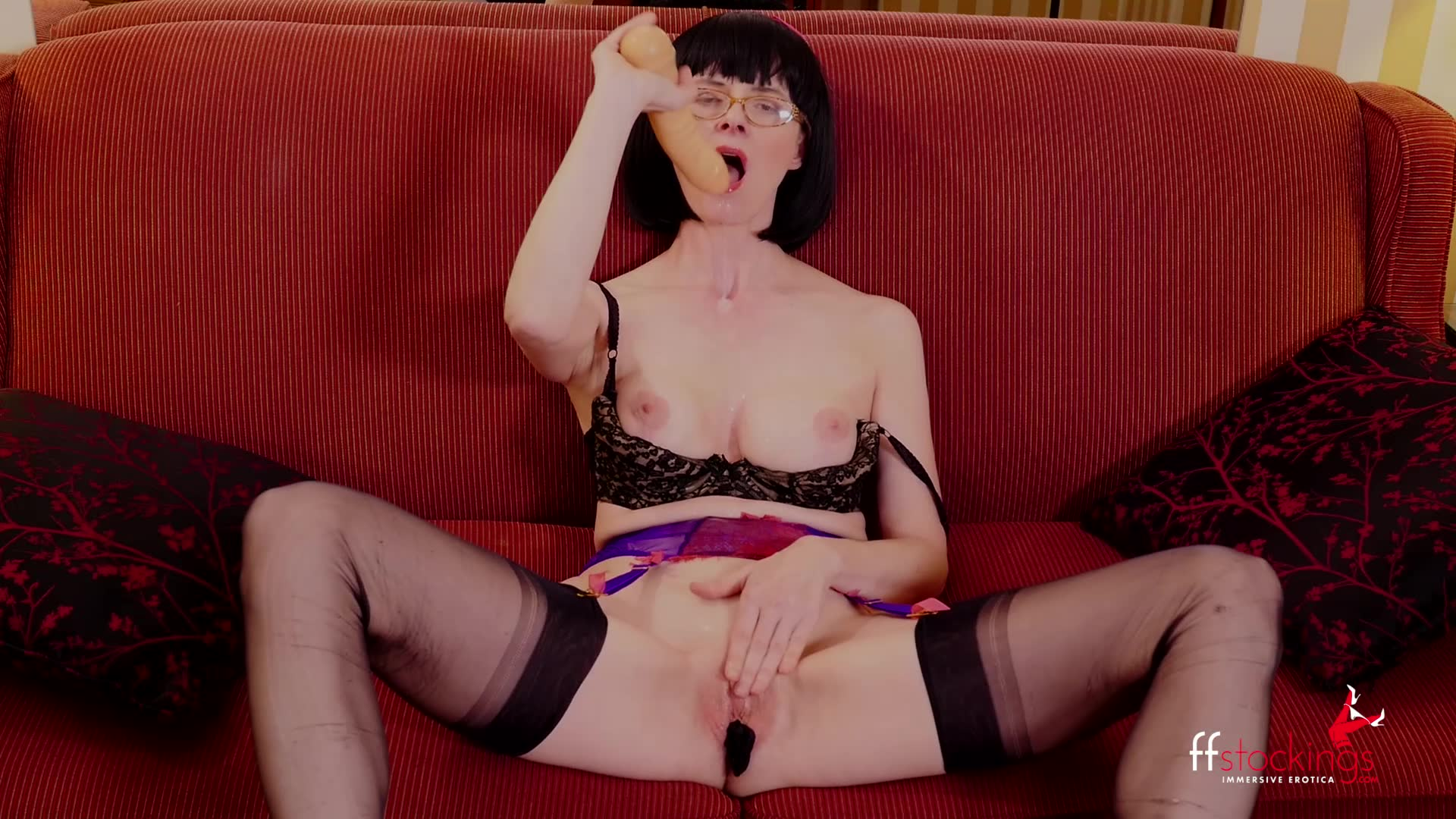mature lady in stockings panty stuffing
