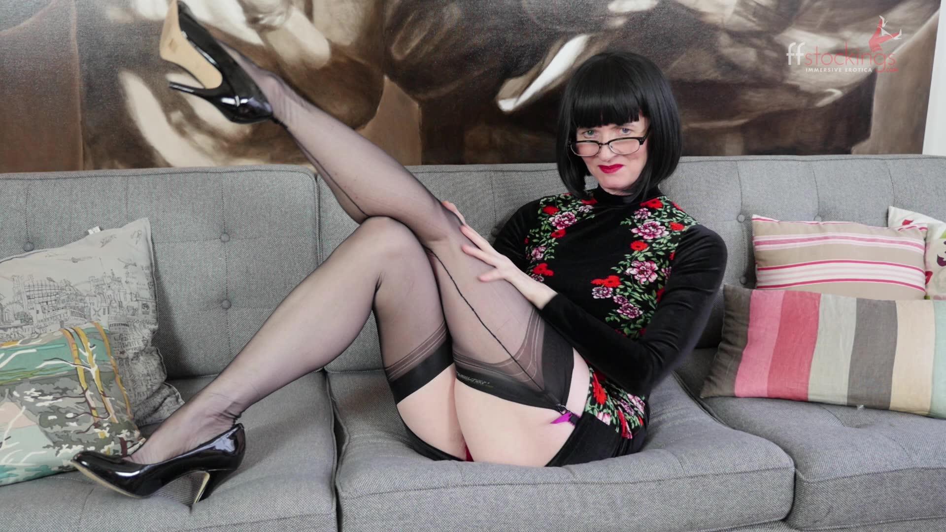 julia the naughty teacher in my wet panties